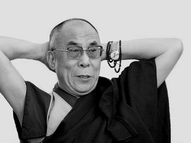 Dalai Lama with his Patek. This picture is stolen. Don't know who has the ©