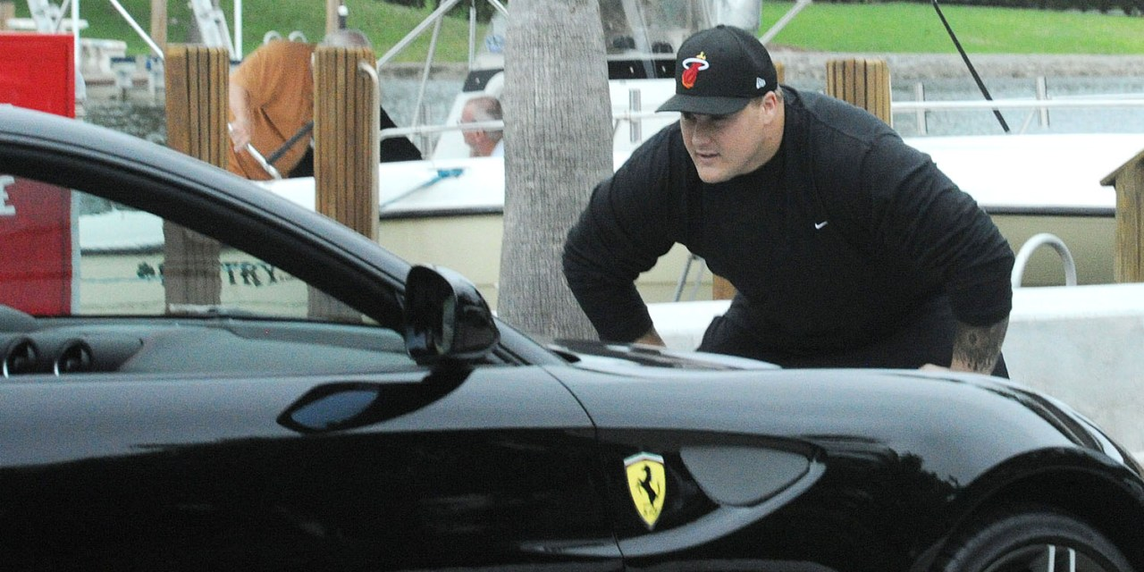Icognito Soaks Up Too Much Sun and Booze in Scottsdale, Thought his Ferrari was Martin's Face!