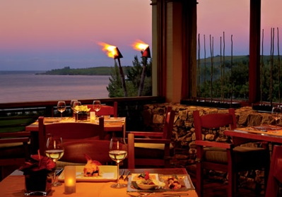 maui romantic dining banyan tree ritz