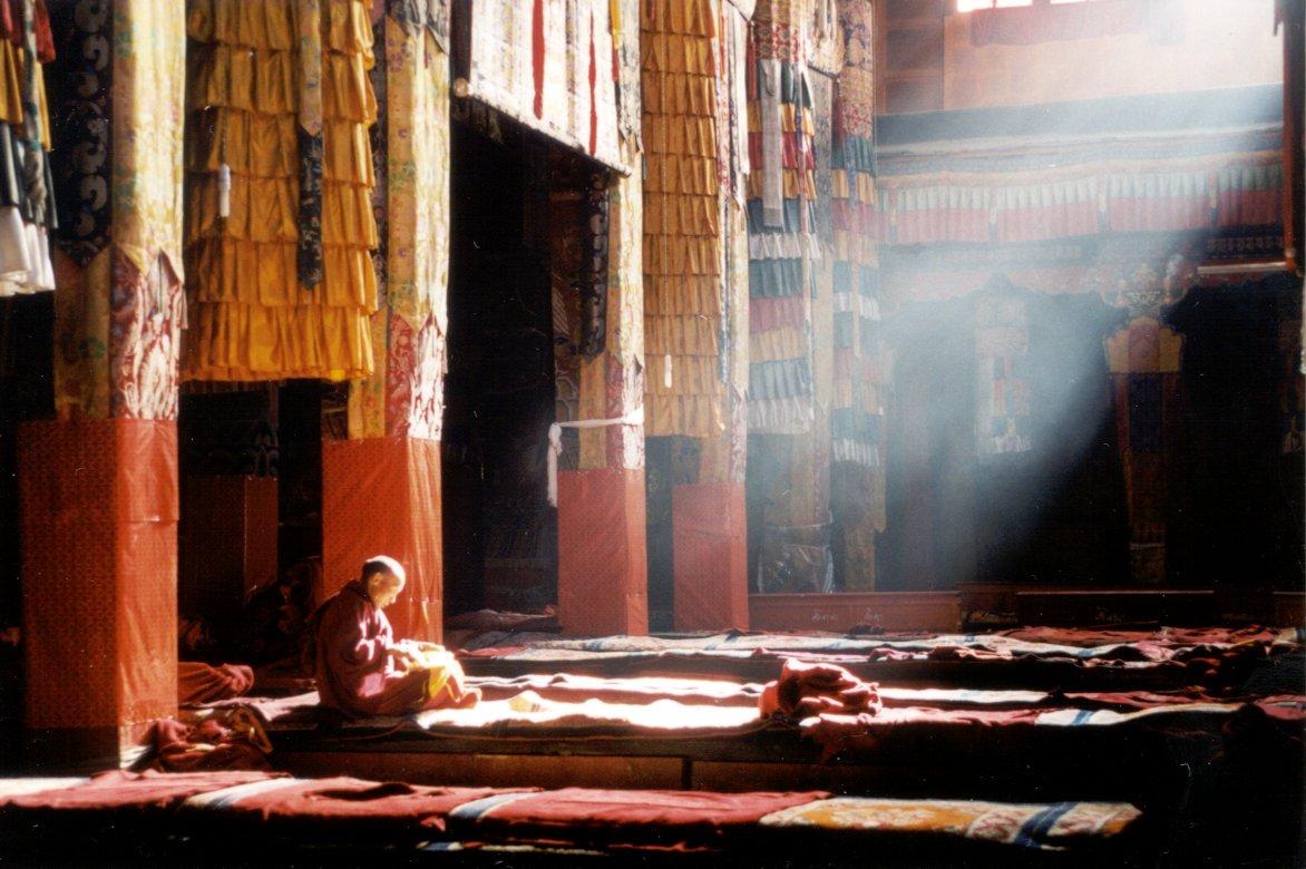 morningingandanmonastery-tibet