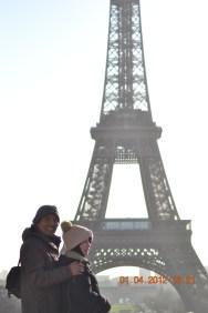Eiffel bg portrait