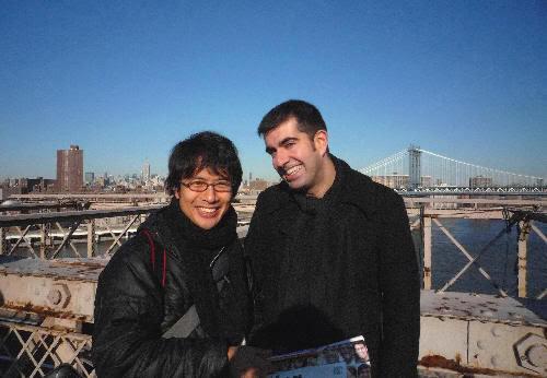 Con un japonés que va por NY retratando miles de sonrisas