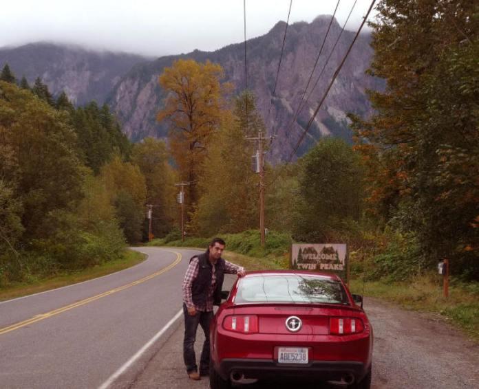 Javi en la curva de Twin Peaks