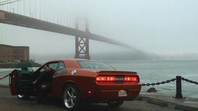 Con el Dodge Challenger y el Golden Gate a la espalda (verano de 2011)