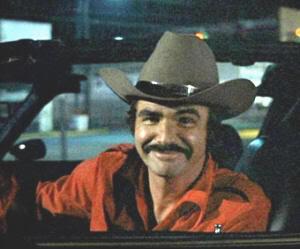 """Burt Reynolds es """"el Bandido"""" (""""Los Caraduras"""")"""