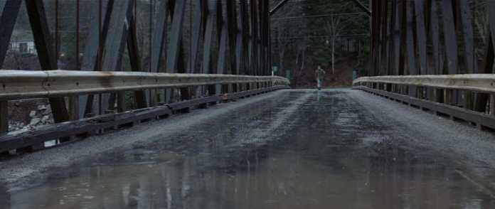 John Rambo cruzando el puente de Hope