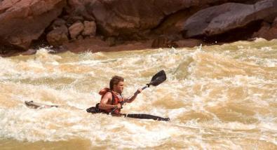 """Aguas turbulentas sin derecho a navegar. """"Hacia rutas salvajes"""" (""""Into the Wild"""", 2007)"""