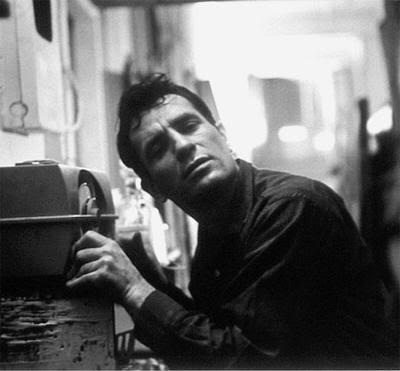 Kerouac escuchando jazz en la radio