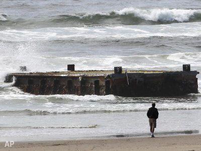 Un muelle japonés entero aparece en las costas de Oregón meses después del tsunami