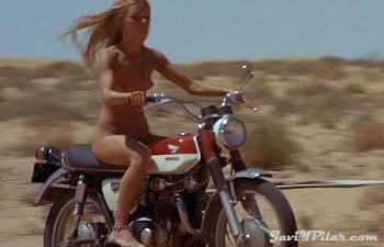 """Un angel desnudo en el desierto. """"Punto Límite Cero"""" (""""Vanishing Point"""", 1970)"""