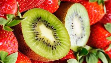 عصير لذيذ ومقوي للمناعة بالكيوي والفراولة