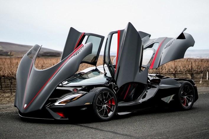 """السيارة """"إس إس سي تواتارا"""" سجلت سرعة قدرها 508.72 كيلومترات بالساعة"""