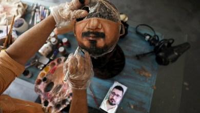 فنان برازيلي يبدع في الرسم على الكمامات.. كما لو أنك لا ترتديها!