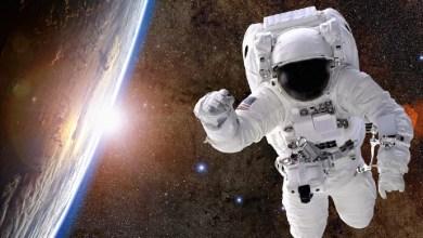 هل يجلس الرواد في الفضاء؟