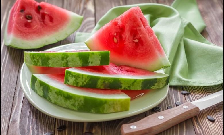 إذا كنت تعاني من هذه الأمراض لا تتناول البطيخ!