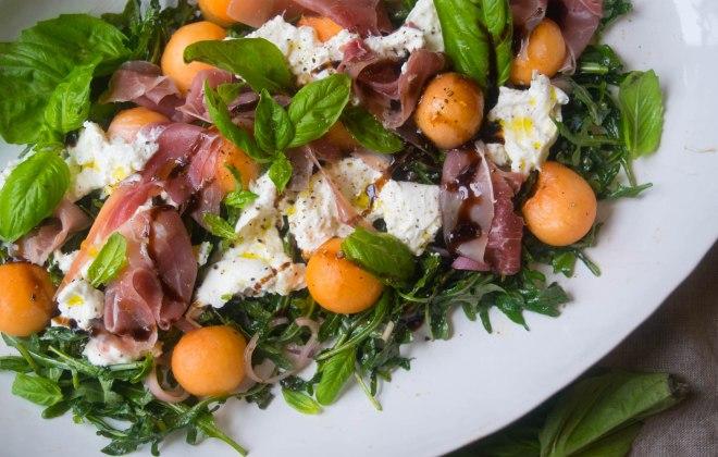 prosciutto melon salad with burrata