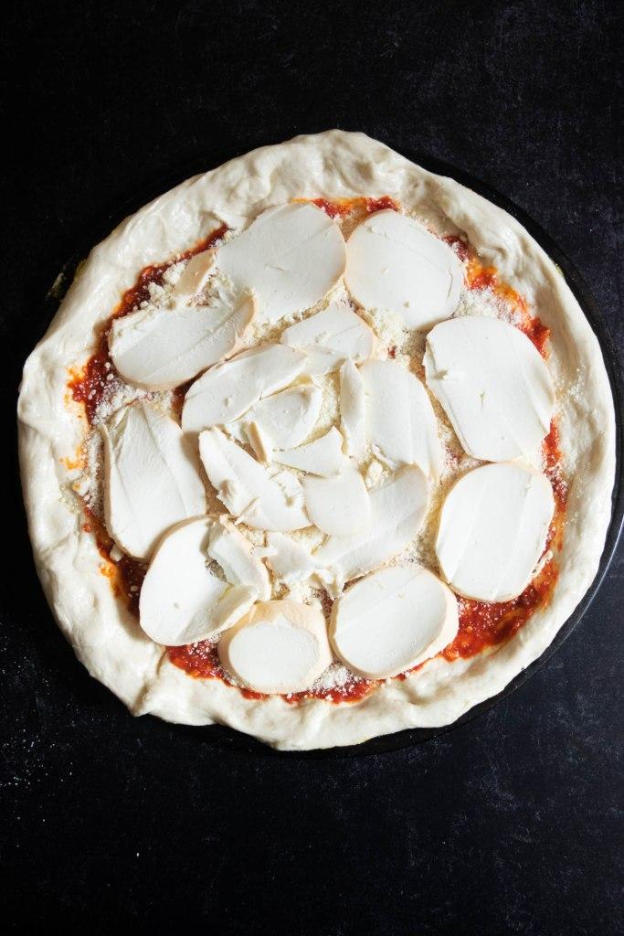 smoked mozzarella layer on pizza