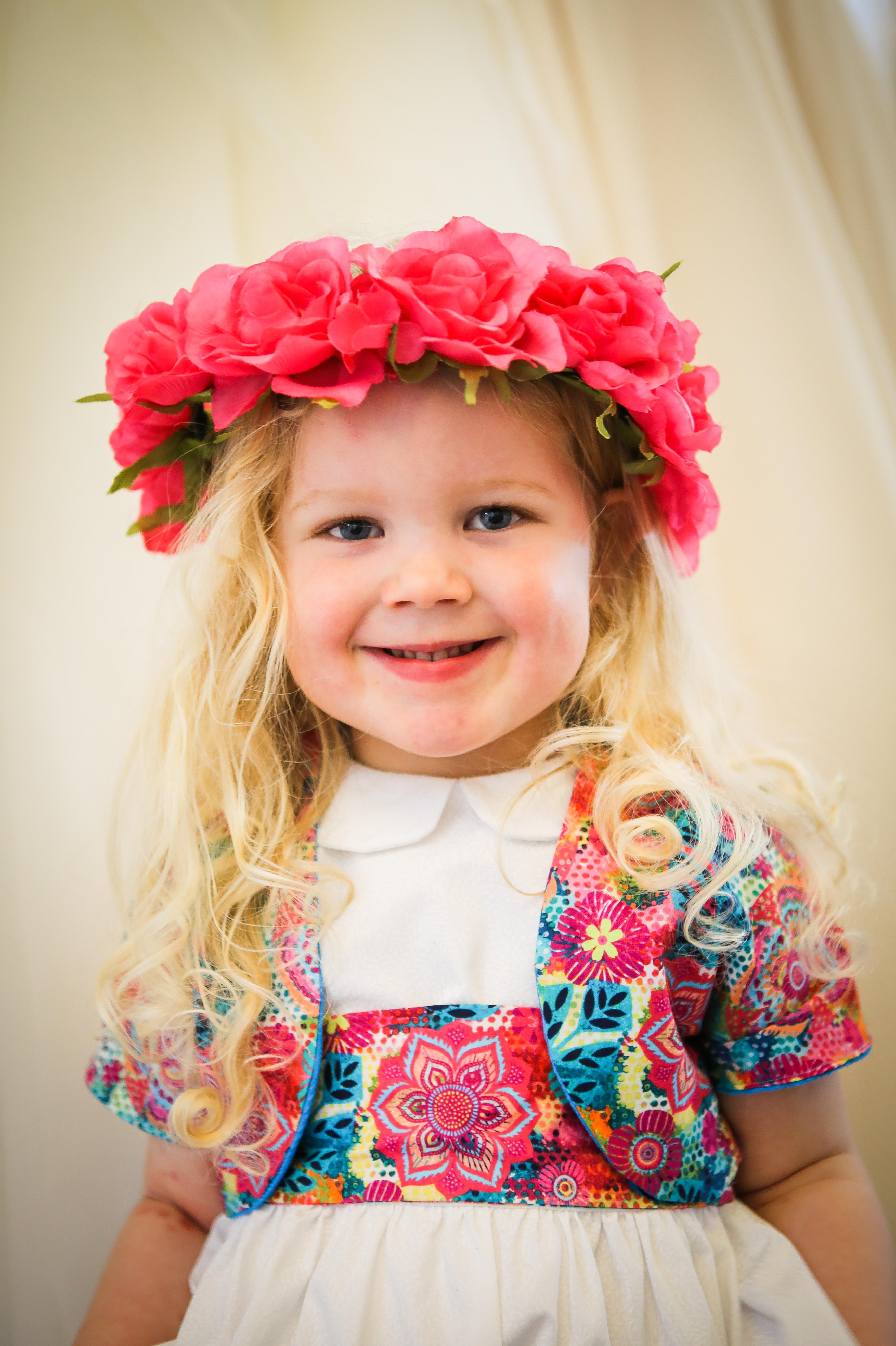 Handmade flower girl outfits & flower crwon