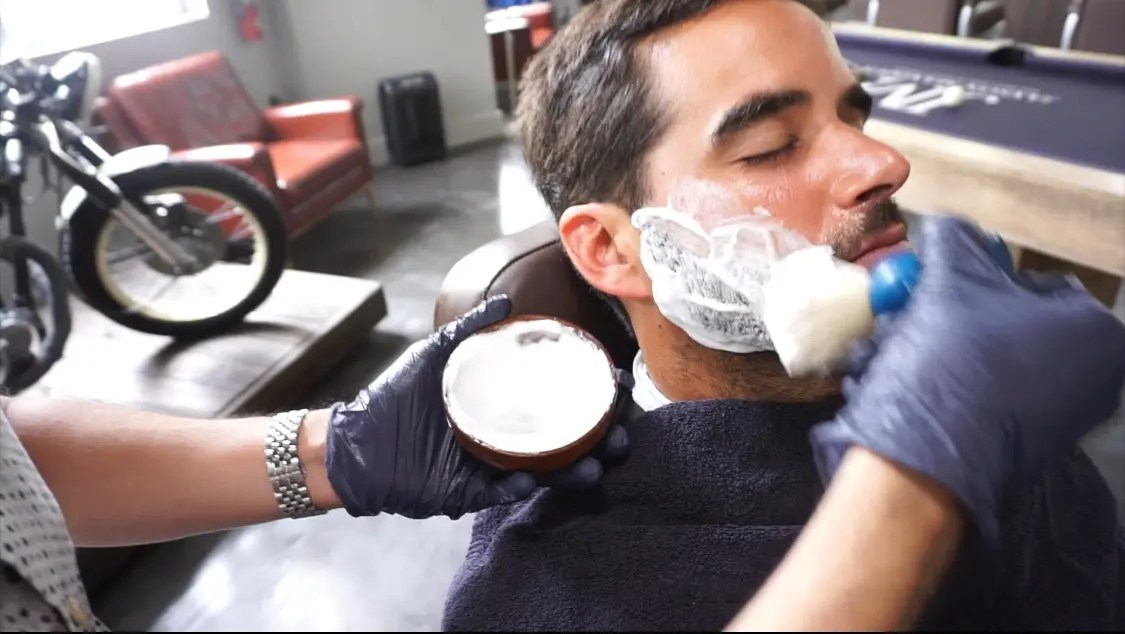 barber doing a shave