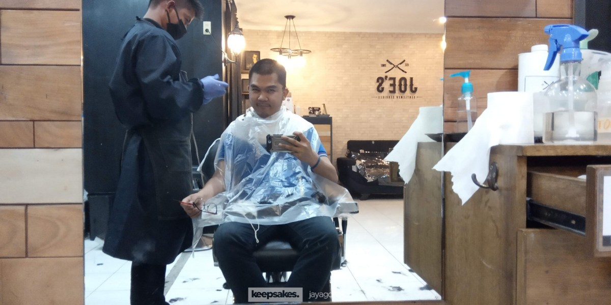 Having a haircut in the New Normal