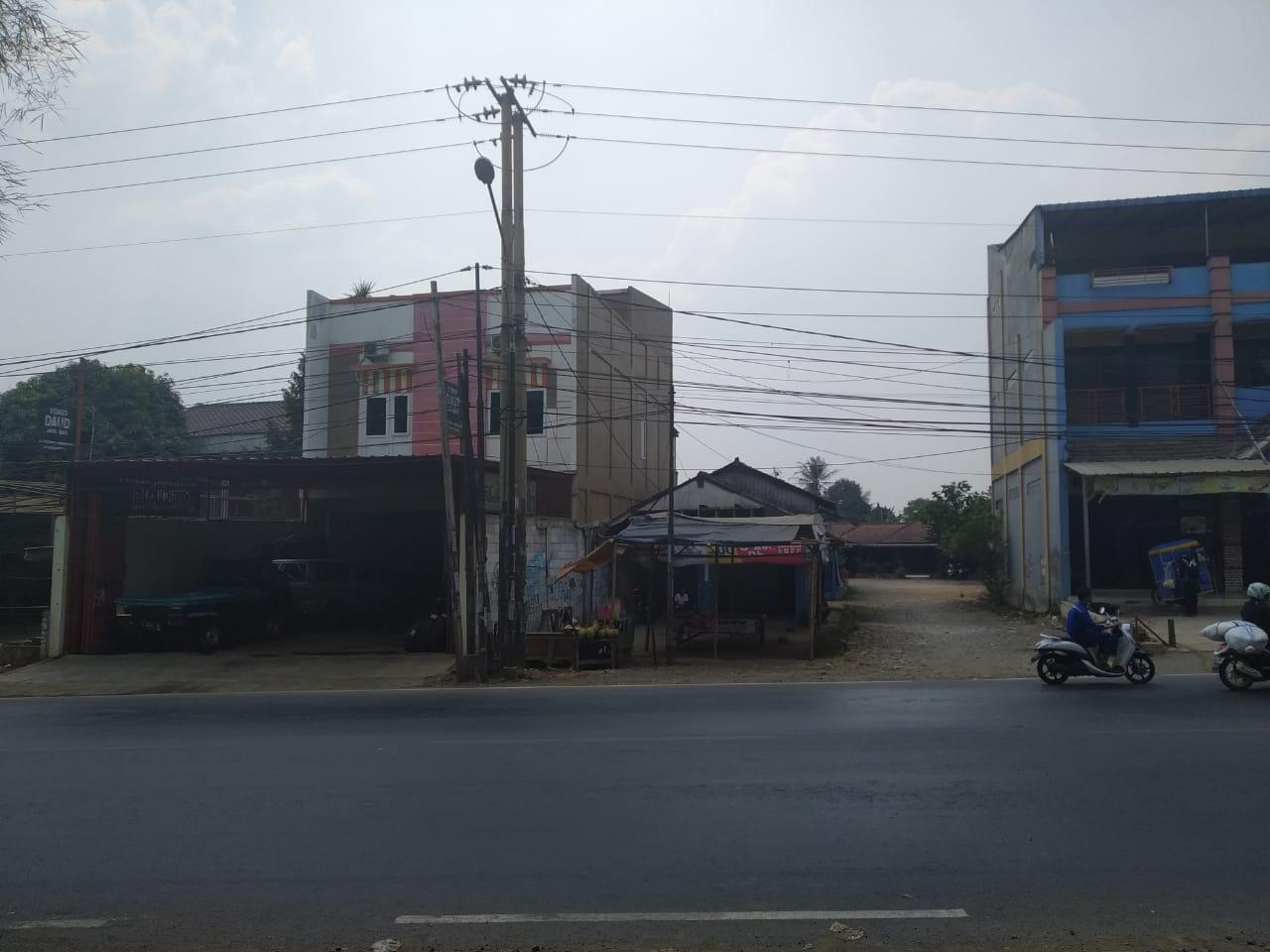 Tanah dijual di pinggir jalan Raya Cileungsi