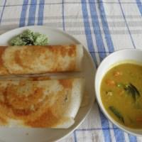 Masala Dosa with Sambar & Coconut chutney