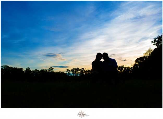 engagement photos in Tennessee