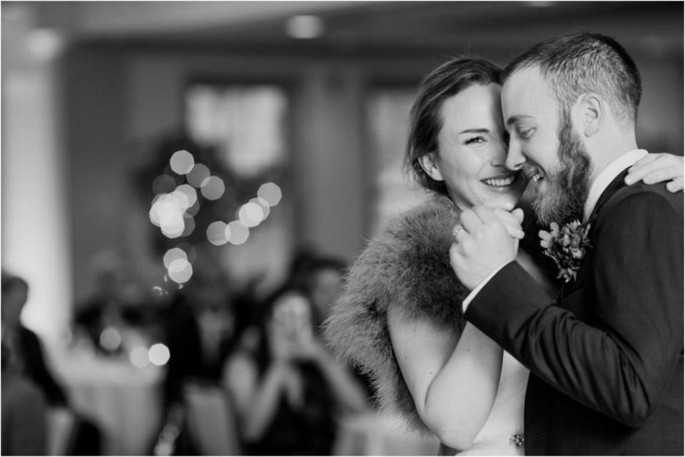 first dance photos at chester valley golf club