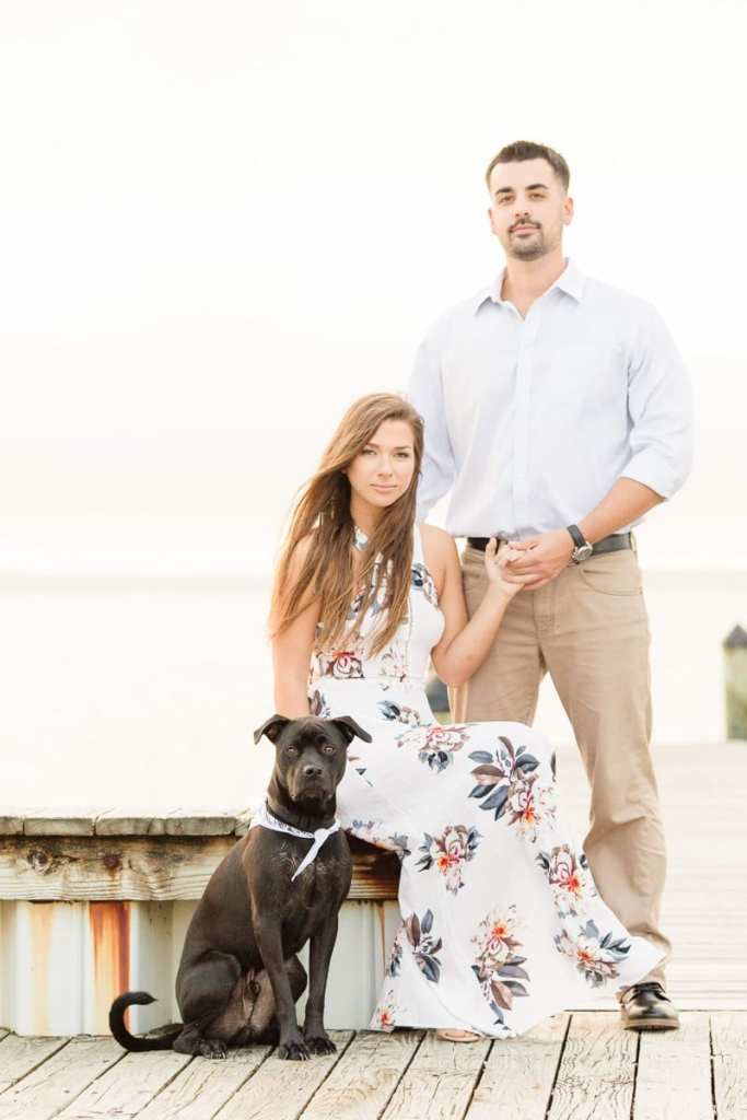 Jersey shore engagement photos, engagement photos with dogs