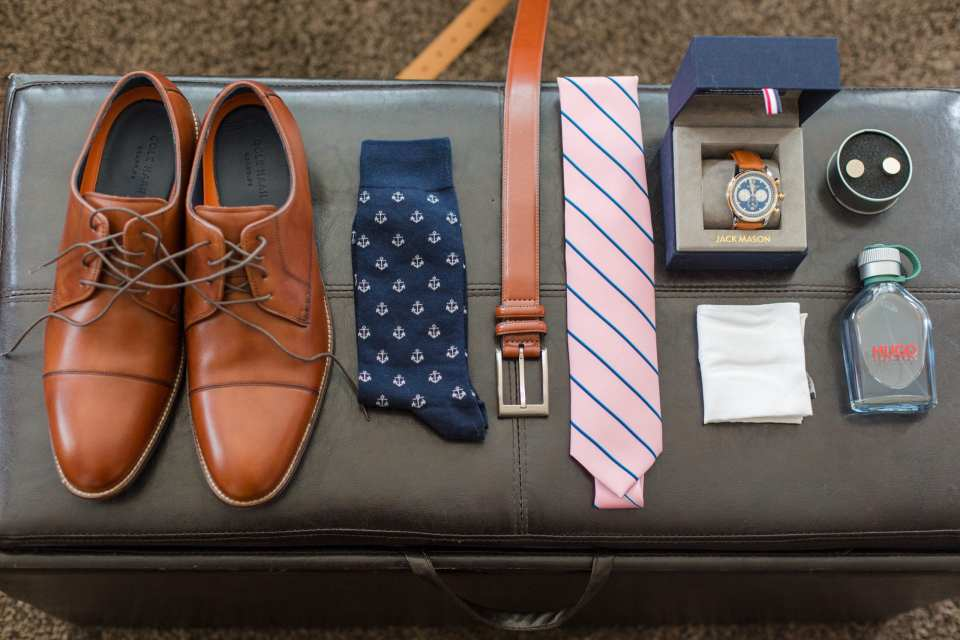 grooms details, NJ wedding photographer, vineyard vines ties, J. Crew
