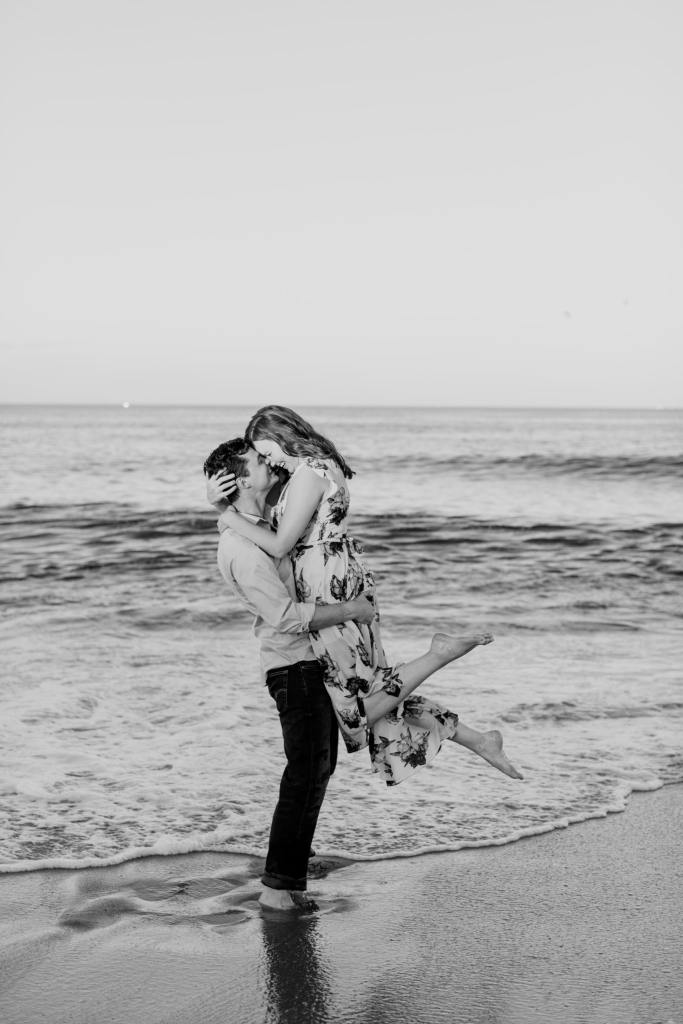 black and white engagement photos, Jersey Shore engagement photos, beach engagement photos, New Jersey wedding photographer