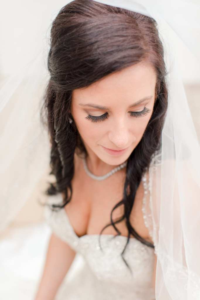 bridal eyelashes, gorgeous bridal portrait