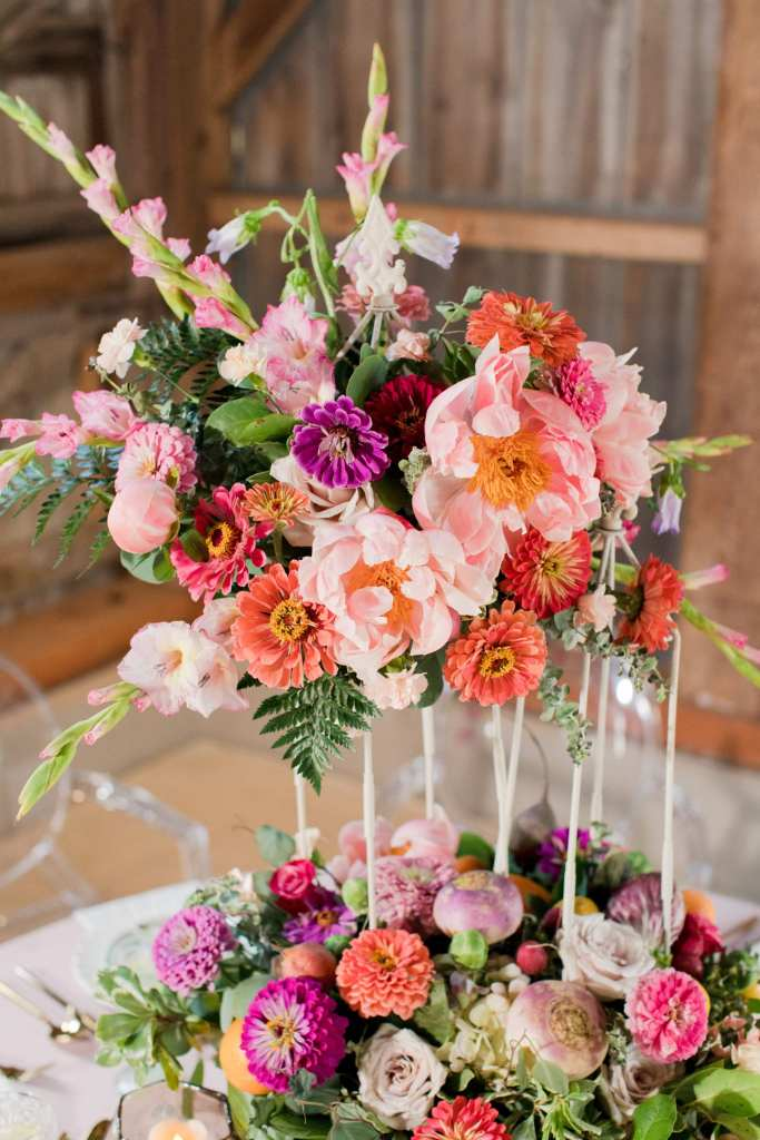 rustic reception, Terhune orchards, snapdragon aster centerpiece