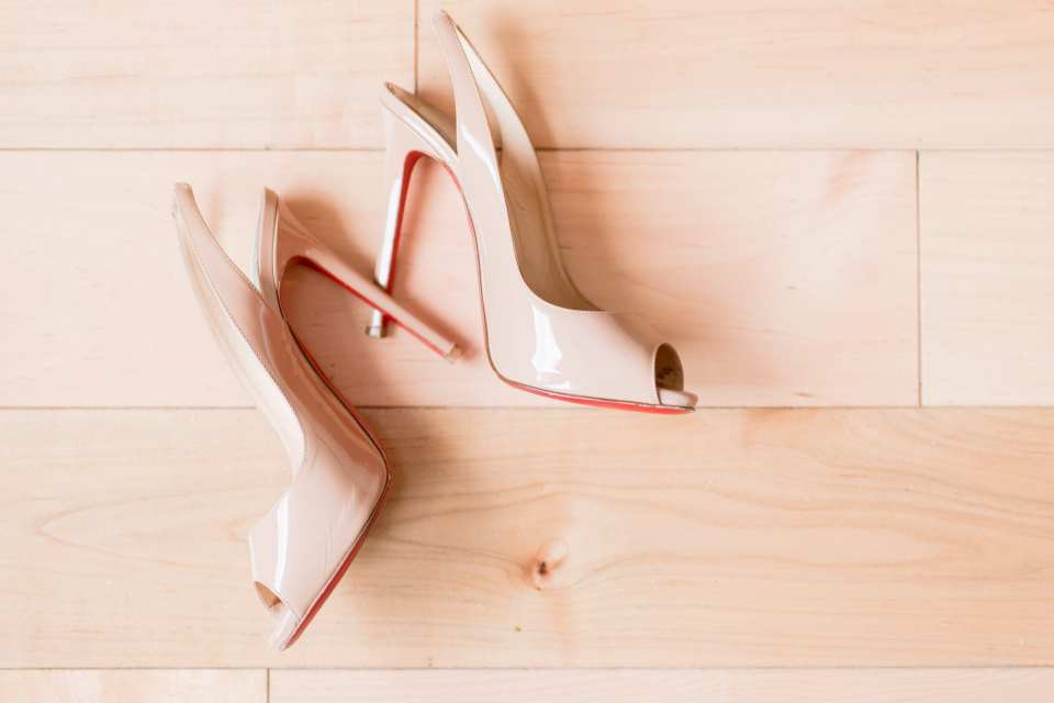 brides shoes, Christian Louboutin, red bottom shoes, NJ wedding photographer