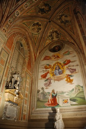 One of the chapels in Santa Croce. Beautiful frescos line the walls.