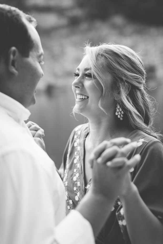 Jayna Watkins Photography // Ijams Nature Center // Ijams Quarry // Summer Engagement Session // Knoxville, Tennessee // East Tennessee // Tennessee Wedding Photographer // TN Weddings // Knoxville, TN Engagement Session
