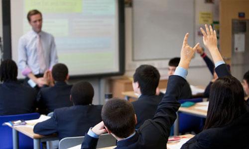 Australian-teachers-workload-is-snowballing-as-their-pay-lags-behind-Jane-Caro-1