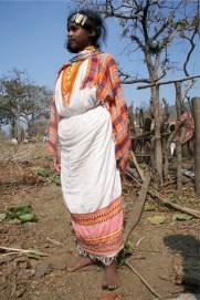 dongria sari low