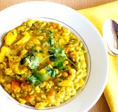 Summer Vegetable Dal with Chick-Peas, Lentils, Cucumber Raita (for 1)