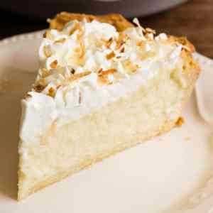 Coconut Cream Pie from Two Sistah's Eats (for 1-2)