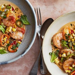 Shrimp and Sweet Corn Maque Choux (Cajun Succotash) with Cheddar Grits (for 1)
