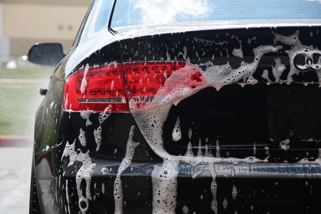 Audi S4 decon
