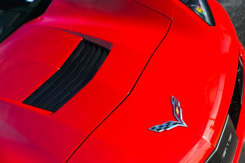 Corvette C7 Gets Paint Correction, Paint Protection & CQuartz Coating