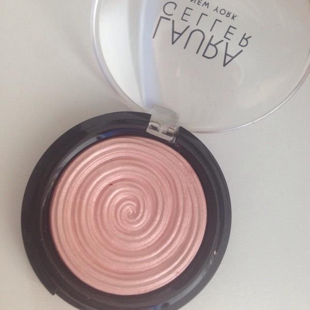 laura-geller-charming-pink-2