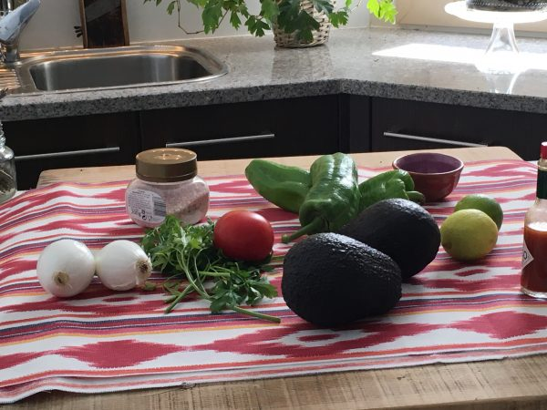 guacamole, como se hace el guacamole, receta de guacamole, guacamole con, como hacer guacamole mexicano, como se prepara el guacamole, como se hace guacamole, el guacamole, guacamole mexicano, ingredientes guacamole, guacamole casero, como preparar guacamole, ingredientes del guacamole, preparar guacamole, guacamole salsa, crema de guacamole, salsa de guacamole, guacamole arguiñano, guacamole tomate, guacamole ingredientes,