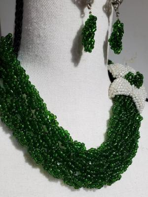 Green Pearl Necklace Set