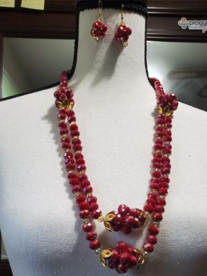 Red Deep Neck Pearl Necklace with Earrings
