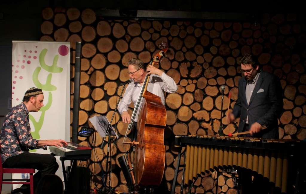 """Fotos: """"Jazz hoch drei"""""""