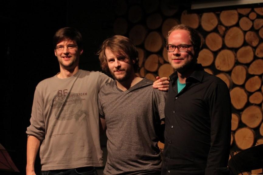 Mengamo Trio 08