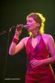 Oaktree live op Gent Jazz 2014. Op de foto zangeres